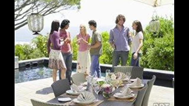Creating inviting outdoor spaces for entertaining