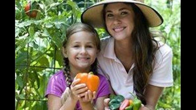 Turn your 'victory garden' into a 'vitamin garden' with no-fail, high-nutrition veggies and herbs