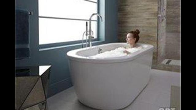 Sink into these top tub trends for the ultimate bathing experience