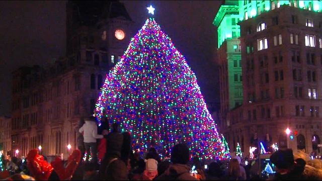 Your Stories: When is the Clinton Square Christmas tree coming down?