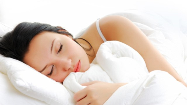Best ways to avoid pain if you sleep in the same position all night