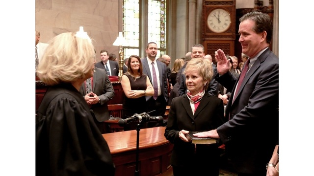 Sen. Flanagan's colleagues offer support after alcohol-dependency admission