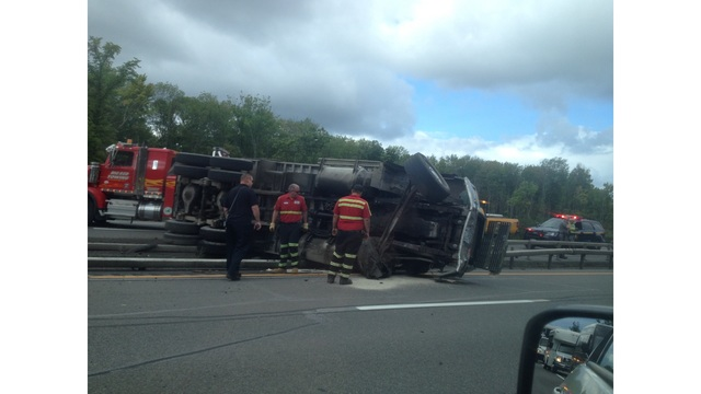Truck rollover shuts down 2 lanes on I-690 near the State Fair