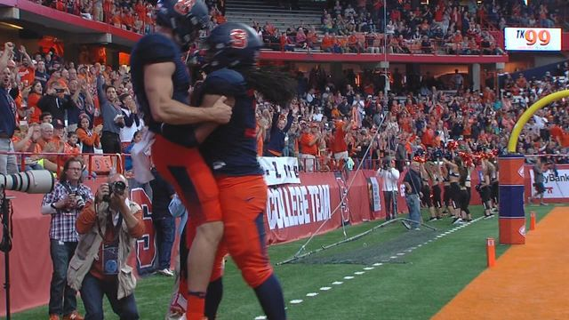 Syracuse rolls to a 50-7 victory over Central Connecticut State in its season opener