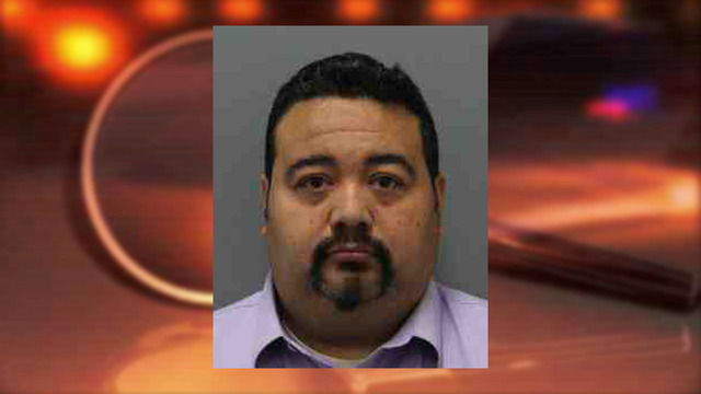 Police: Verizon employee illegally accessed victims' phones for years