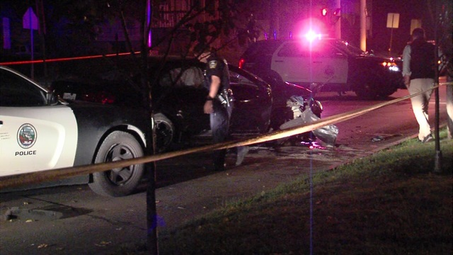Driver being chased by Syracuse police crashes into tree