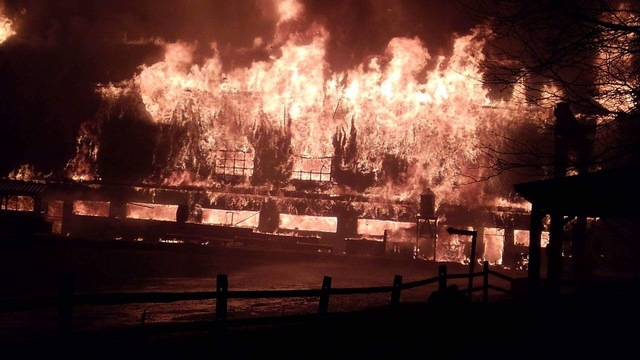 Massive fire destroys Herkimer Diamond Mines store and office building