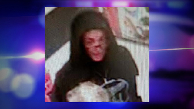 Syracuse Police: Gas station robber threatened clerk with a tire iron