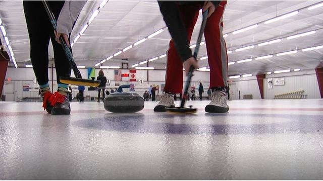 In Curling, a Sibling Rivalry Is Put on Ice