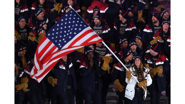 Erin Hamlin leads Team USA in Olympic opening ceremony