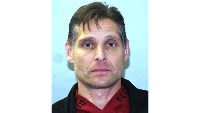 Baldwinsville man arrested for impersonating a police officer during a traffic stop