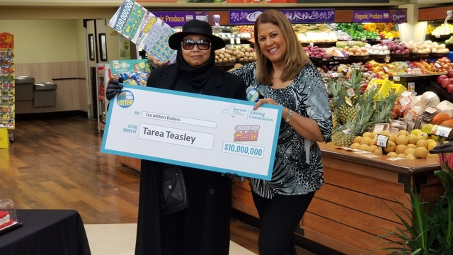 56-year-old Syracuse woman presented with $10M lottery check