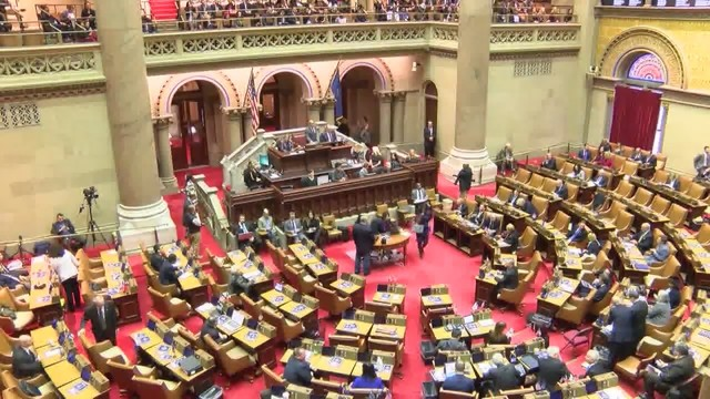 New York State lawmakers continue budget negotiations