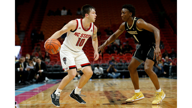 Braxton Beverly playing for NC State