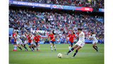 Lloyd scores 2 and the US downs Chile 3-0 at the World Cup